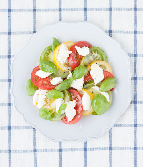 Tomato Mozzarella Salad with Basil